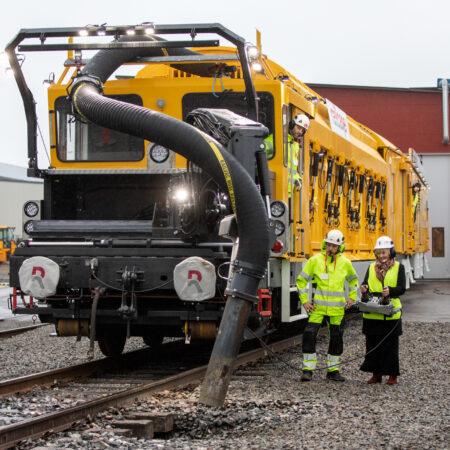 Railcare MPV premiere3